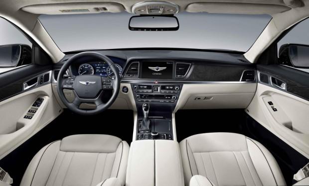 2015-Hyundai-Genesis-Sedan-4