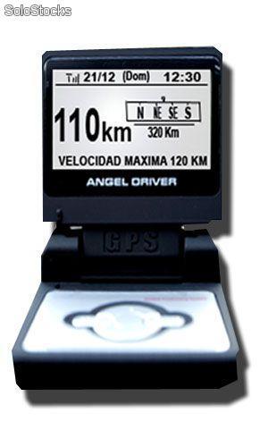 angel-driver-100-5g-conduzca-mejor-mas-tranquilo-con-toda-la-informacion-4183364z0